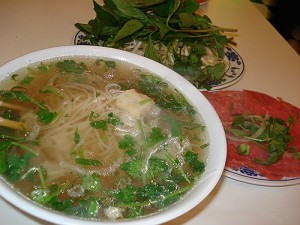 pho tai gan Fresh Rice Noodles with Eye Round Steak & Soft Tendon