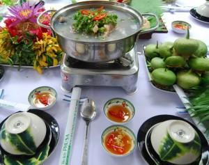 lau canh chua ban - lau thai ban - vietnamese hot sour soup