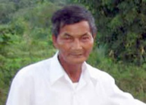 a person that never sleep for years Vietnamese