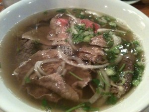 pho tai chin well cook done beef slice Fresh Rice Noodles with Eye Round Steak & Well Done Brisket